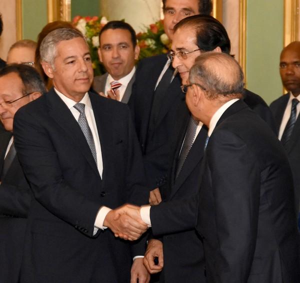 El Presidente Medina, juramenta al Ministro de Hacienda como miembro del pleno del Consejo Nacional de Competitividad