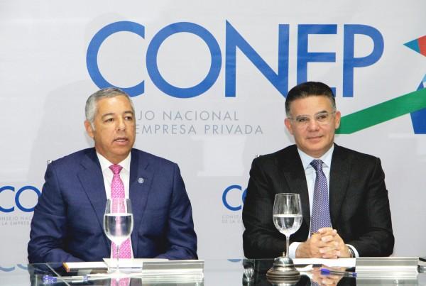 Ministro de Hacienda se reúne con los directivos del CONEP