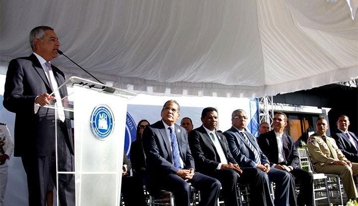 Ministerio de Hacienda celebra su 172 aniversario de fundación