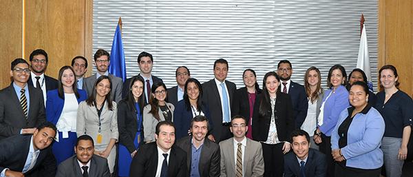 Ministerio de Hacienda y banco mundial celebran taller sobre contingentes fiscales