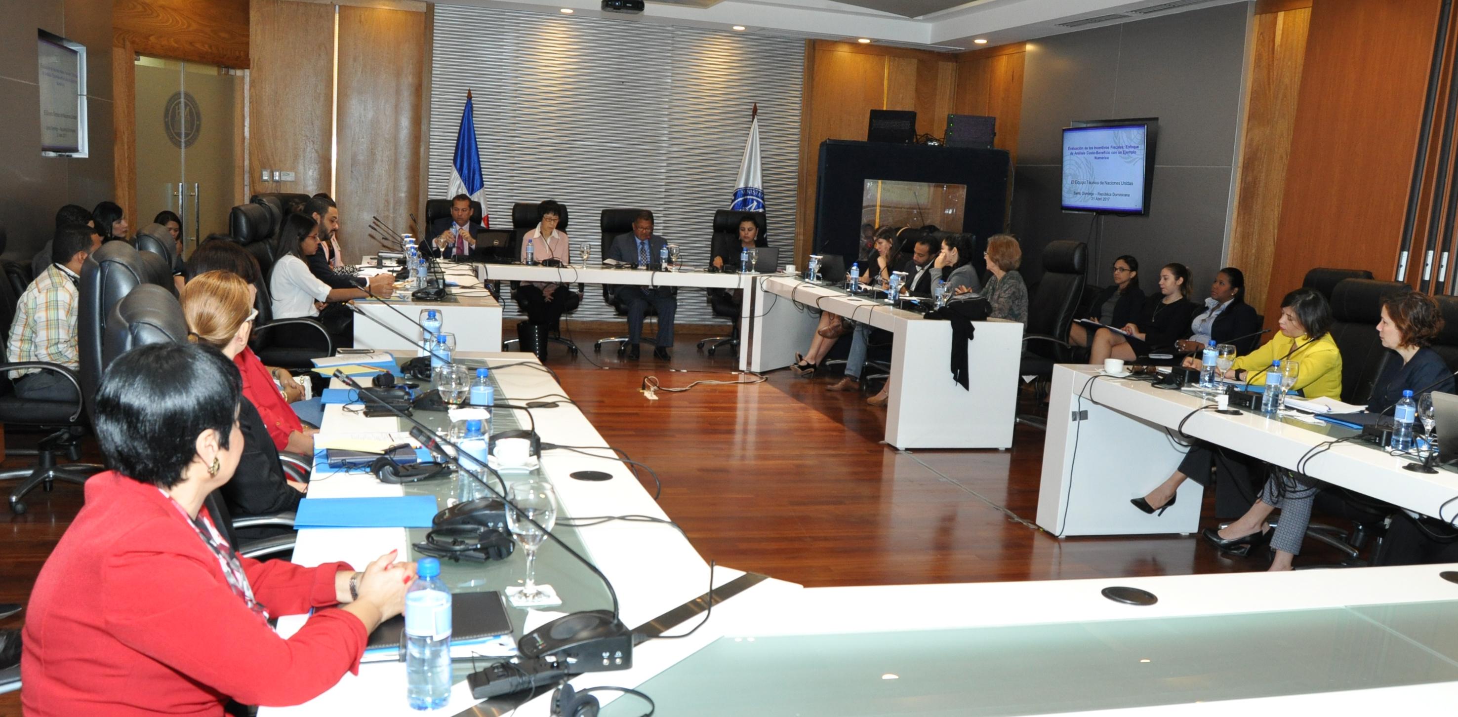 Ministerio de Hacienda y naciones unidas