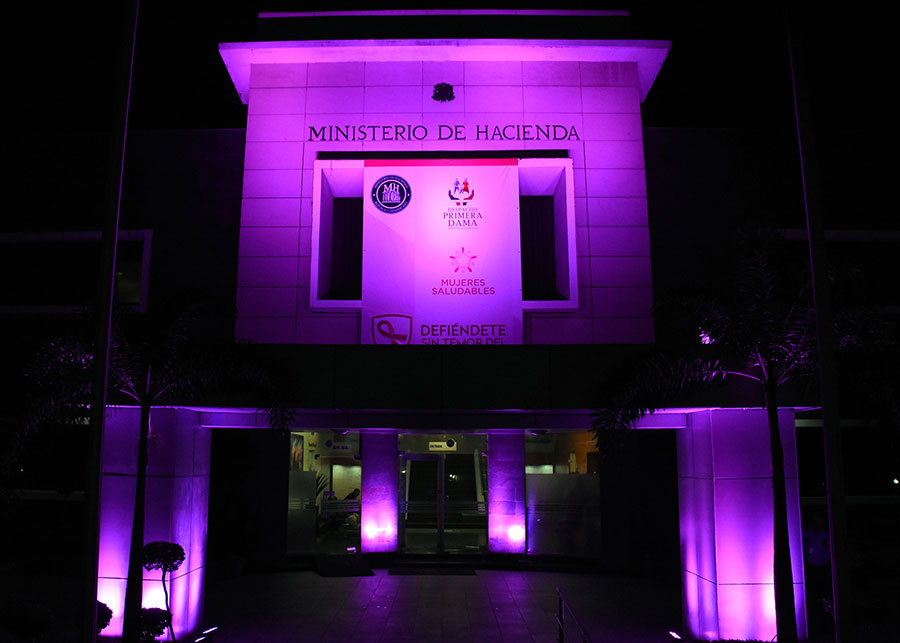 Ministerio de Hacienda se une a campaña contra el cáncer de mama