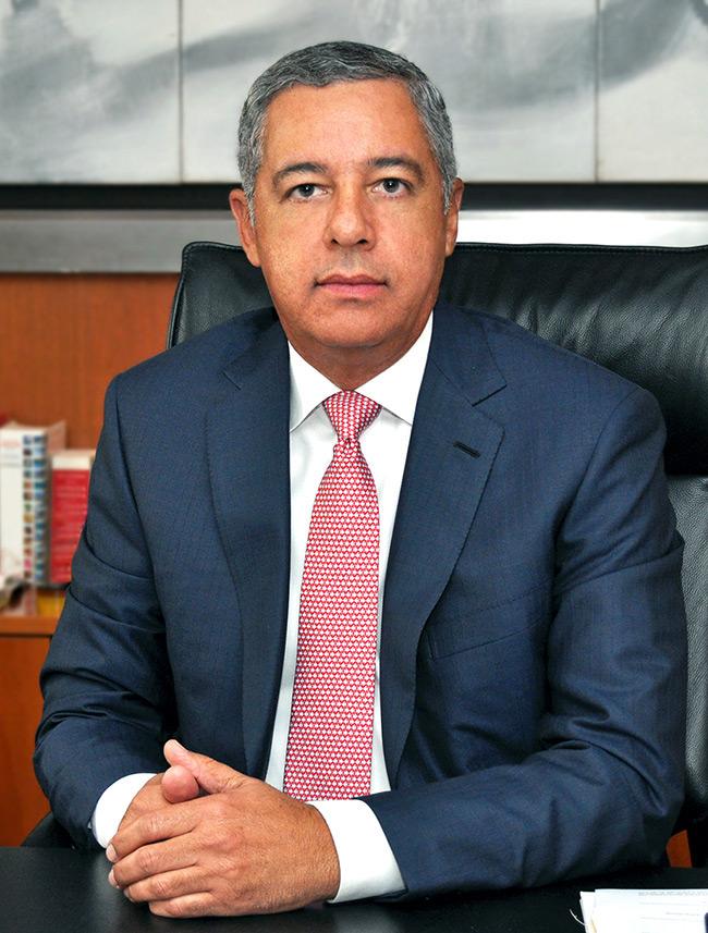 Ministro de Hacienda justifica adelanto 50% ITBIS de industrias