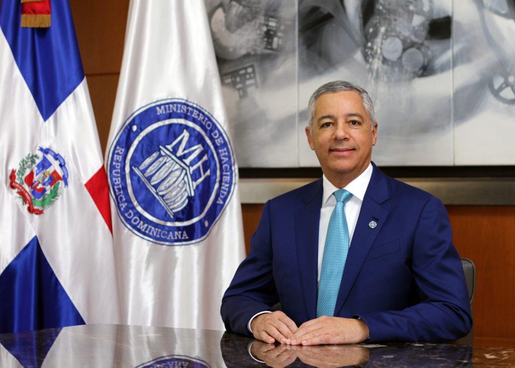 La revista américaeconomía vuelve a situar a Guerrero Ortiz entre los mejores Ministros de Hacienda de la región