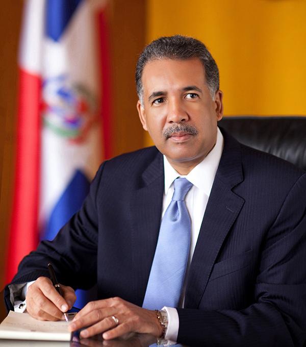Otorgan premio internacional al Gobierno dominicano por la operación de recompra de la deuda de Petrocaribe