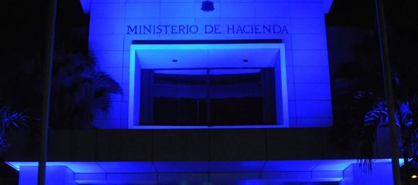De azul, por el Día Mundial de Autismo