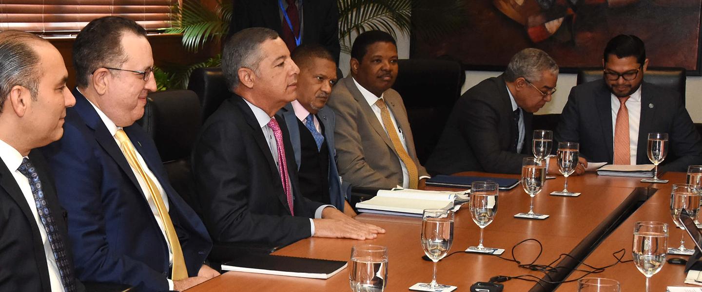 ministerio de hacienda se reunió con FMI